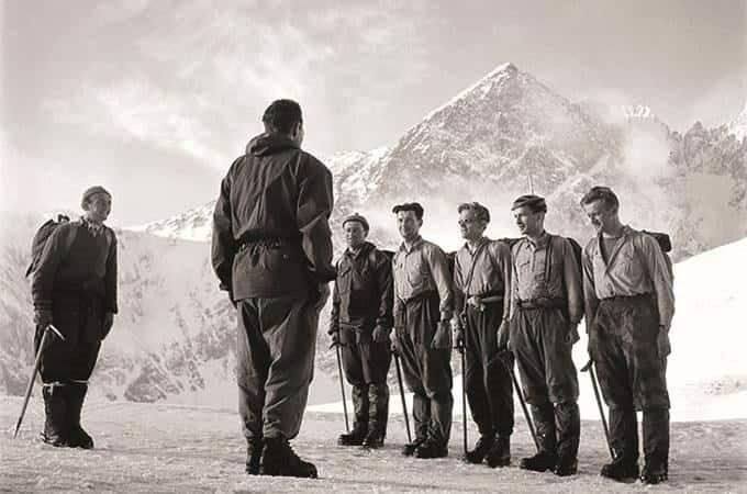 Výstava je vzpomínkou na horolezce, kteří zahynuli před 50 lety při expedici v Peru